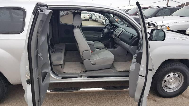 2006 Toyota sr5  - South Sioux City NE