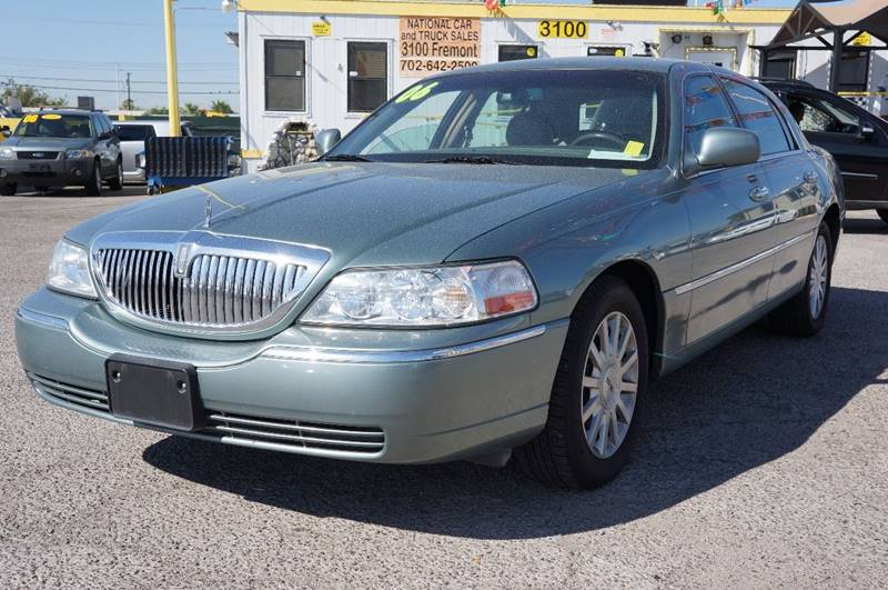 Used Cars in Las Vegas 2006 Lincoln Town Car