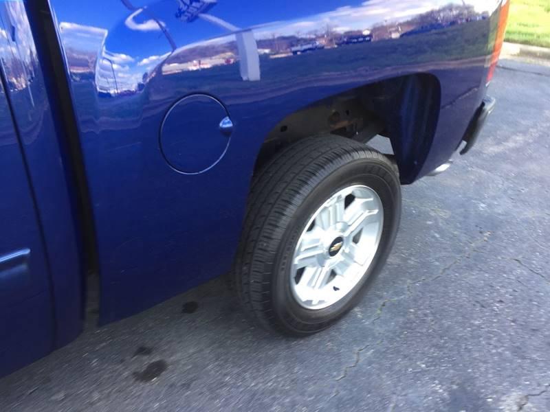 2013 Chevrolet Silverado 1500 4x2 LT 4dr Crew Cab 5.8 ft. SB - Winston Salem NC
