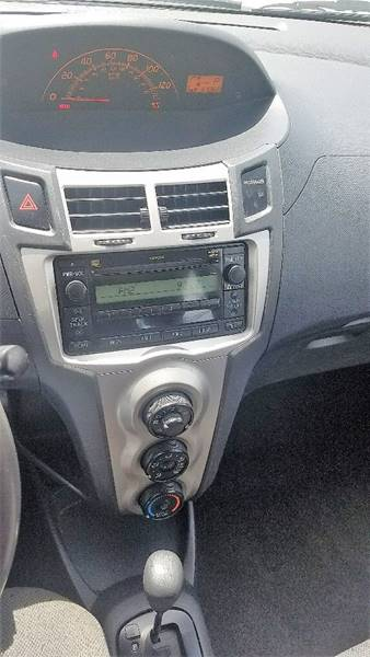 2011 Toyota Yaris 2dr Hatchback 4A - Newport News VA
