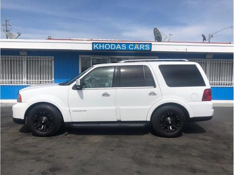 2005 Lincoln Navigator for sale at Khodas Cars in Gilroy CA