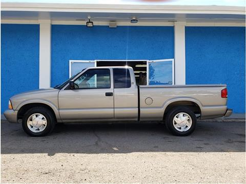 2002 GMC Sonoma for sale at Khodas Cars in Gilroy CA