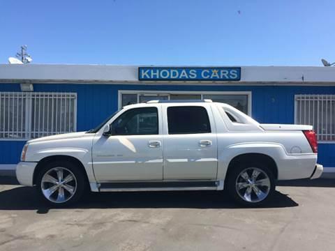 2006 Cadillac Escalade EXT for sale at Khodas Cars in Gilroy CA