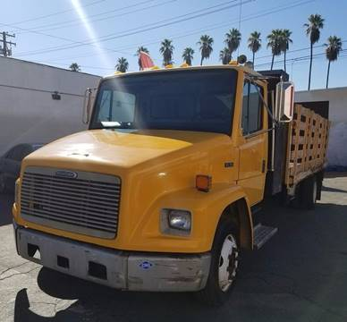2002 Freightliner FL 70 for sale in Pomona, CA