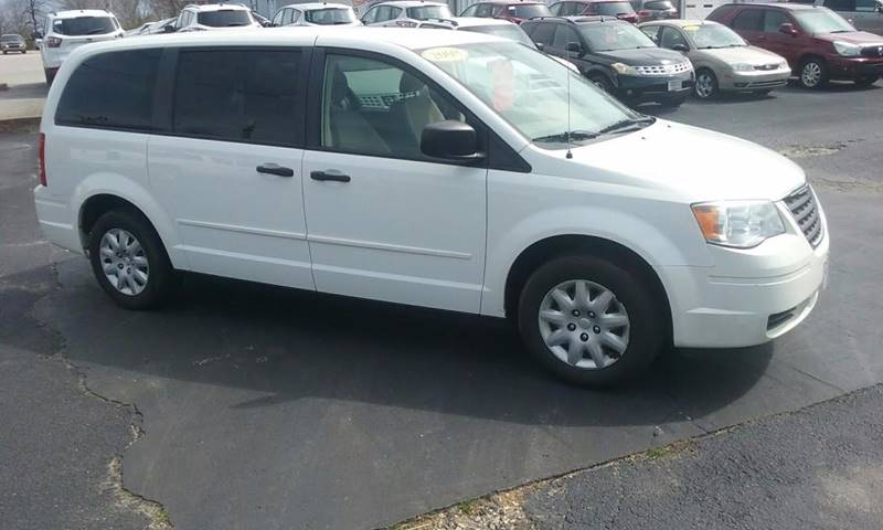 2008 Chrysler Town and Country LX 4dr Mini-Van - Humboldt TN