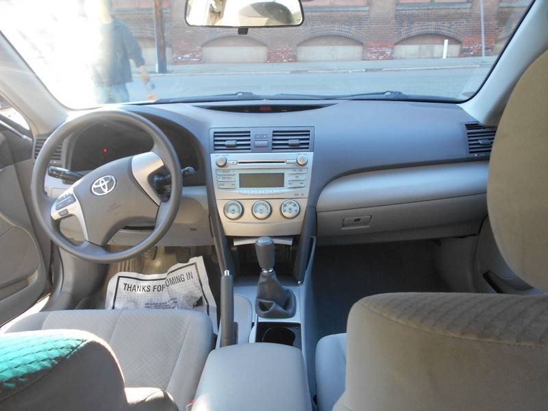 2009 Toyota Camry LE 4dr Sedan 5M - Norwich CT