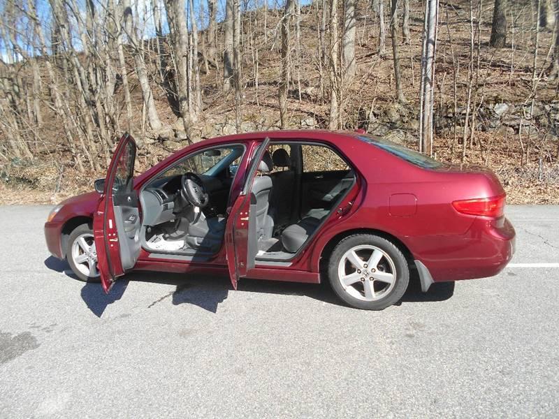 2005 Honda Accord EX 4dr Sedan w/Leather - Norwich CT