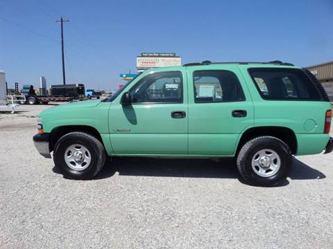 2002 Chevrolet Tahoe for sale at AUTO FLEET REMARKETING, INC. in Van Alstyne TX