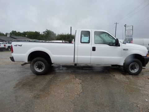 2003 Ford F-250 Super Duty for sale at AUTO FLEET REMARKETING, INC. in Van Alstyne TX