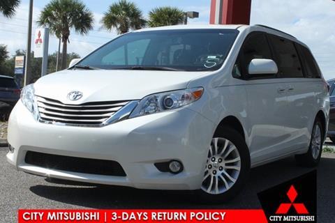 2017 Toyota Sienna for sale in Jacksonville, FL