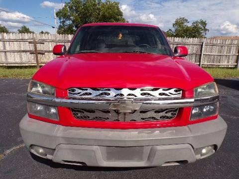 2002 Chevrolet Avalanche $4,500