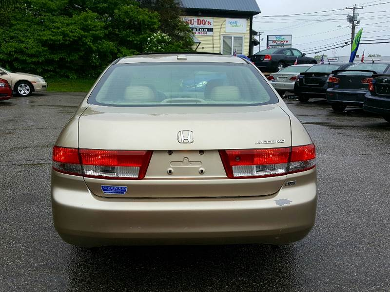 2004 Honda Accord for sale at AUTOFINDERS LLC in Laconia NH