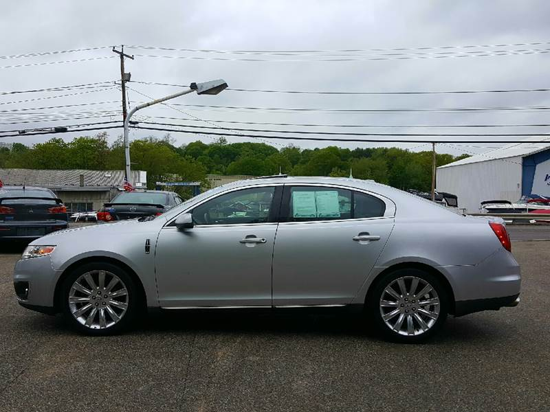 2010 Lincoln MKS for sale at AUTOFINDERS LLC in Laconia NH