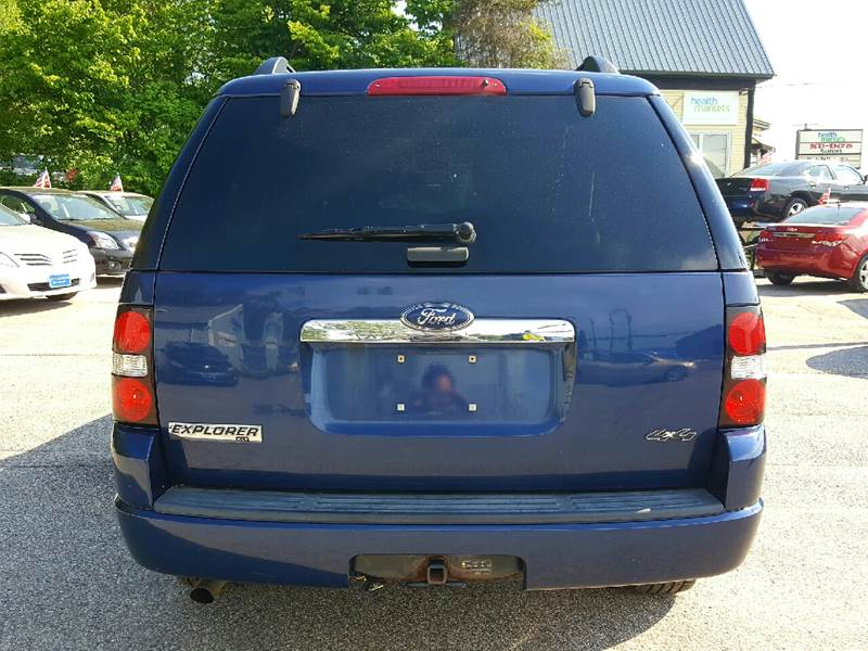 2008 Ford Explorer for sale at AUTOFINDERS LLC in Laconia NH