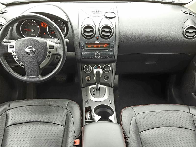 2010 Nissan Rogue for sale at AUTOFINDERS LLC in Laconia NH