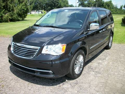 2016 Chrysler Town and Country for sale at Terry Mowery Chrysler Jeep Dodge in Edison OH