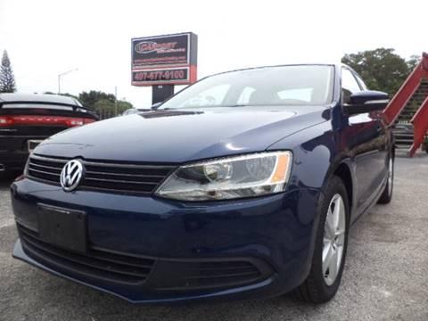 2011 Volkswagen Jetta for sale at CARPORT SALES AND  LEASING in Oviedo FL