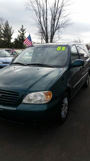 2003 Kia Sedona for sale in Fort Wayne, IN