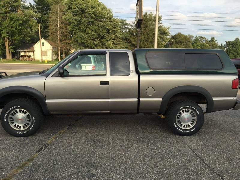 2001 GMC Sonoma for sale at Great Lakes Auto Import in Holland MI