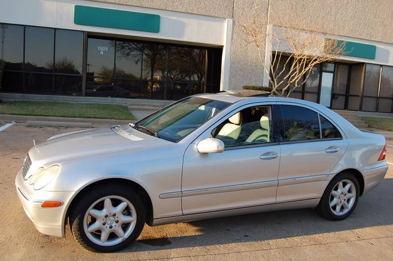 2004 mercedes benz c class c240 4dr sedan in plano tx global car max. Black Bedroom Furniture Sets. Home Design Ideas