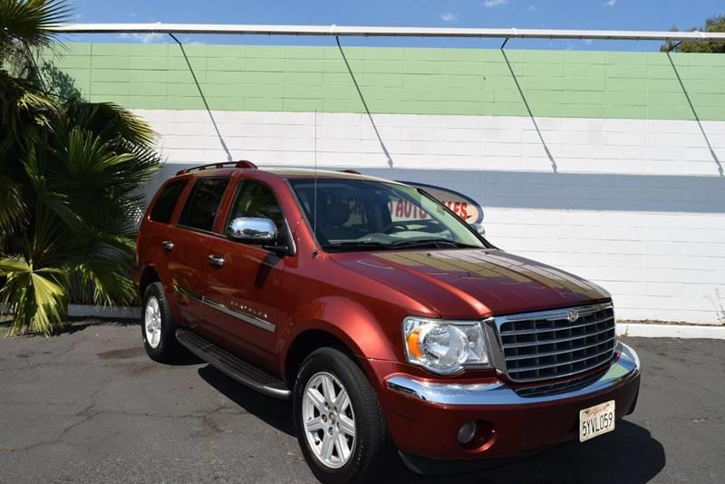 2007 CHRYSLER ASPEN LIMITED burgundy this marron suv has it all with the right color combo and o