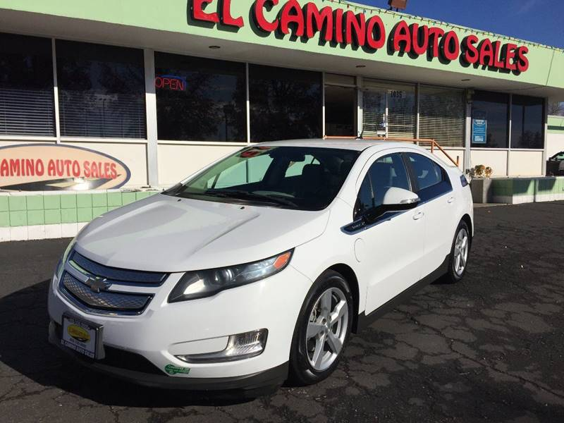 2013 CHEVROLET VOLT BASE white wow can you find another one like this beauty with bullet silver