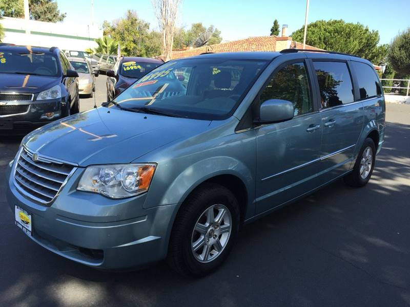 2010 CHRYSLER TOWN AND COUNTRY TOURING blue perfect van for that growing family seats seven comfo