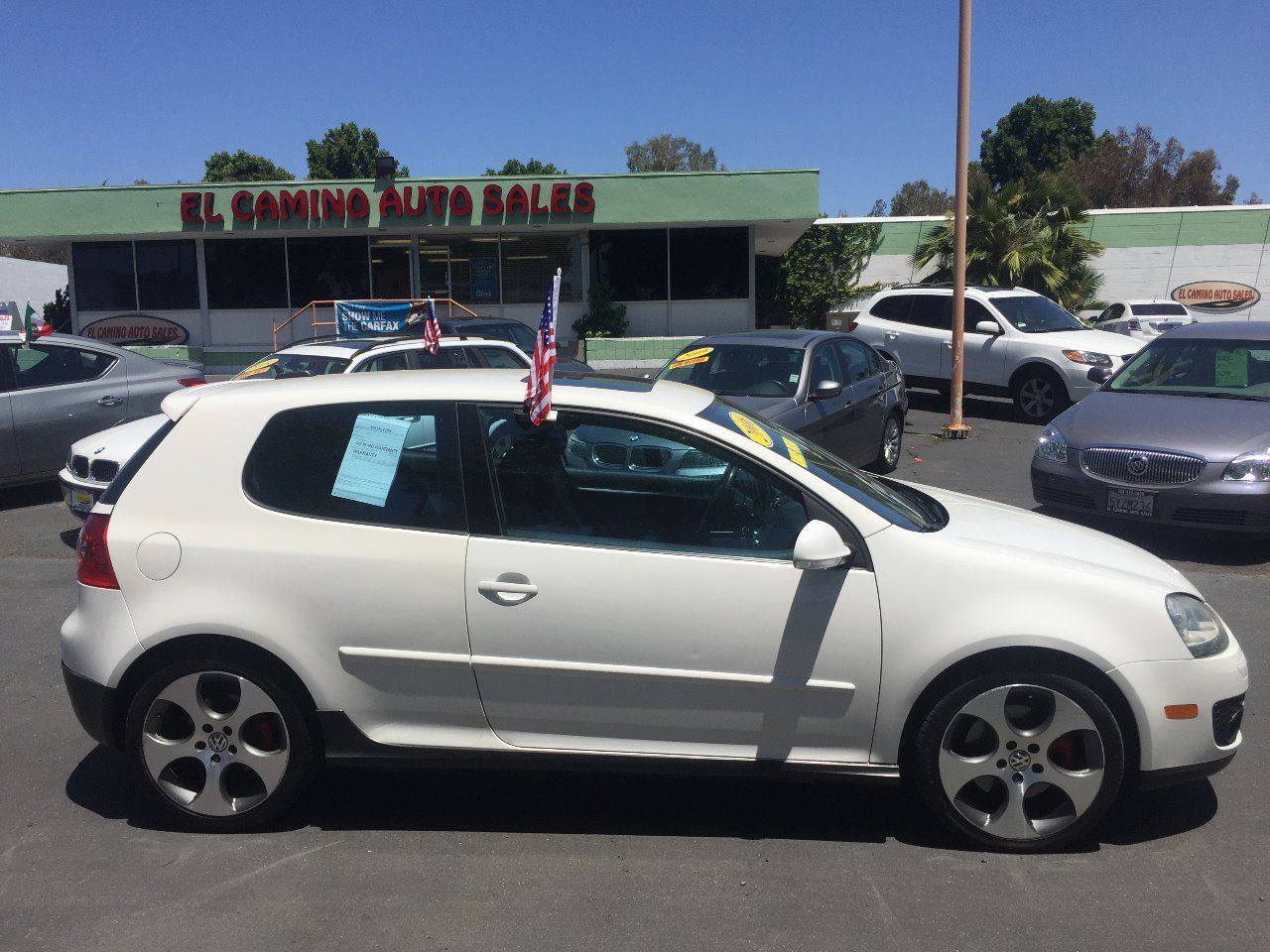 2006 VOLKSWAGEN GTI BASE white sporty fun and perfect sought after color combo well maintained