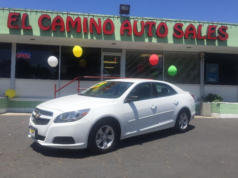 2013 CHEVROLET MALIBU LS 4DR SEDAN white really good mpg and interior space air conditioning ala