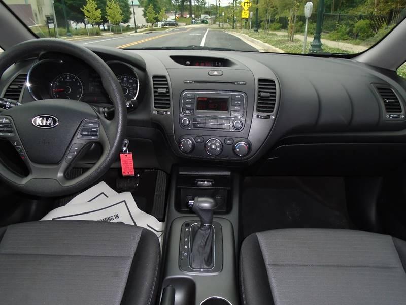 2015 Kia Forte LX 4dr Sedan 6A - Rockville MD