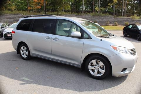 2014 Toyota Sienna for sale in Newburgh NY