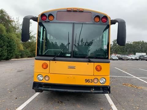 2004 Thomas Built Buses Saf-T-Liner HDX for sale in Richmond, VA