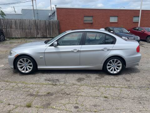 2011 BMW 3 Series 328i xDrive for sale at A & R Motors in Richmond VA