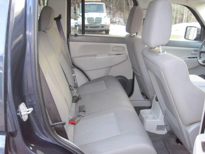 2008 Jeep Liberty 4x4 Sport 4dr SUV - Columbiaville MI