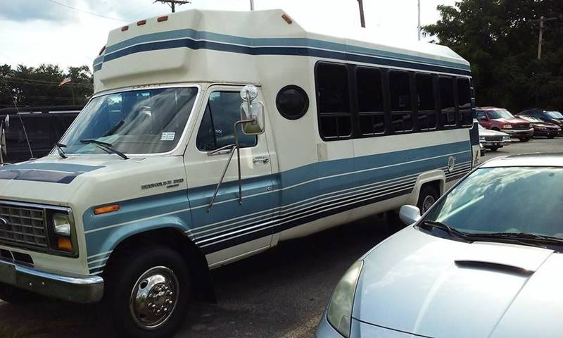 1997 Ford E-450  - Bedford OH