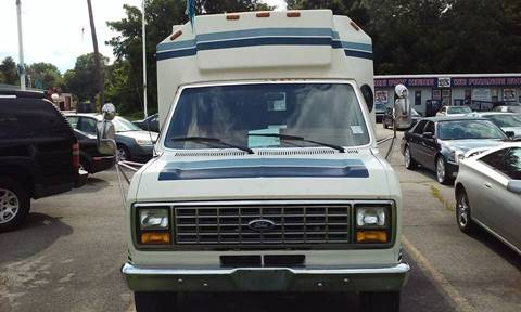 1997 Ford E-450 for sale in Bedford, OH