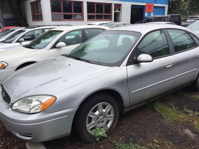 2007 Ford Taurus for sale at Time Motor Sales in Minneapolis MN
