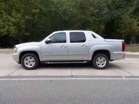 2011 Chevrolet Avalanche for sale at A & P Automotive in Montgomery AL