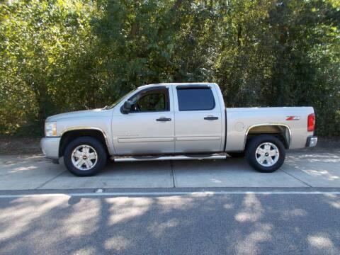 2009 Chevrolet Silverado 1500 for sale at A & P Automotive in Montgomery AL