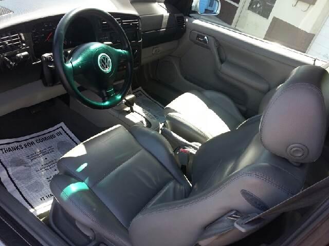 2002 Volkswagen Cabrio GLX 2dr Convertible - Merced CA