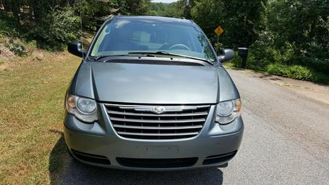 2006 Chrysler Town and Country for sale in Cumming, GA