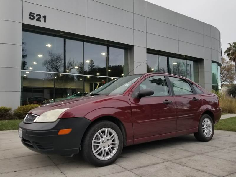 2006 ford focus se zx4 specs