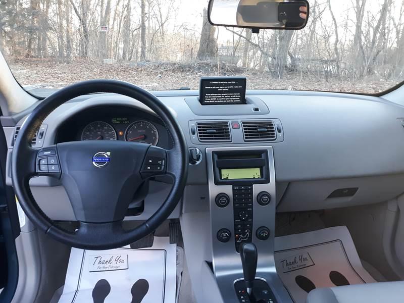 2005 Volvo S40 4dr T5 Turbo Sedan In Attleboro MA - Automazed