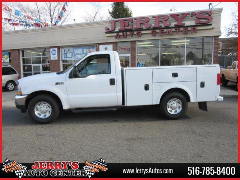 2004 Ford F-250 Super Duty for sale at JERRY'S AUTO CENTER in Bellmore NY