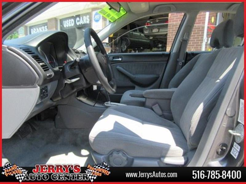 2005 Honda Civic for sale at JERRY'S AUTO CENTER in Bellmore NY