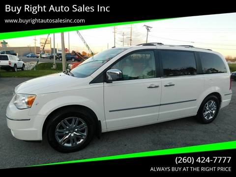 2010 Chrysler Town and Country for sale in Fort Wayne, IN