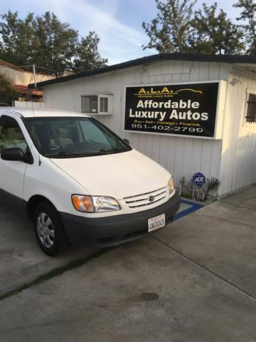 2001 Toyota Sienna for sale at Affordable Luxury Autos LLC in San Jacinto CA