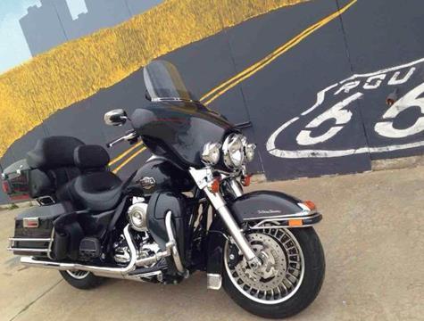 2009 Harley-Davidson FLHTCU Ultra Classic EG