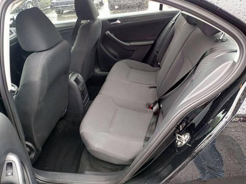 2014 Volkswagen Jetta S 4dr Sedan 6A - Auburn ME