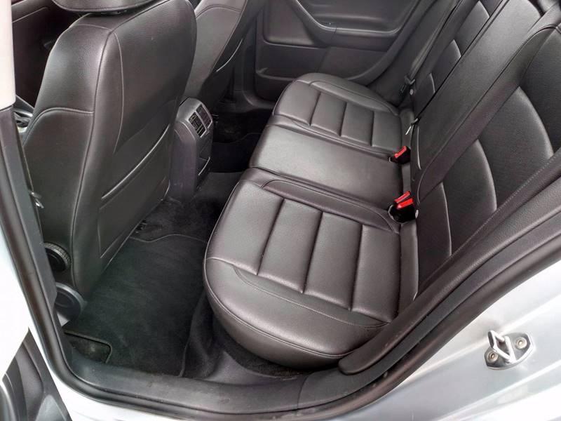 2013 Volkswagen Jetta SportWagen SE 4dr Wagon w/Sunroof - Auburn ME